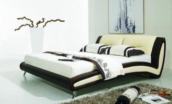 R2D1152 obľúbená posteľ