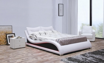 Moderná posteľ s osvetlením