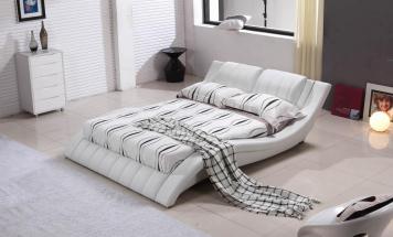 Luxusná kožená posteľ