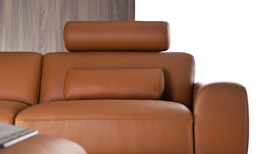 Kožená sedačka taliansky štýl.jpg