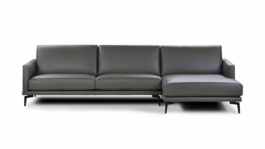 kožený gauč.jpg