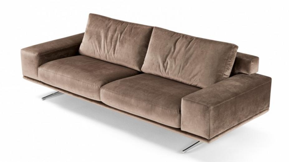talianska sedačka v koži.jpg