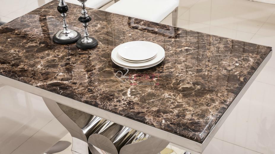 Luxusný stôl do jedálne.jpg