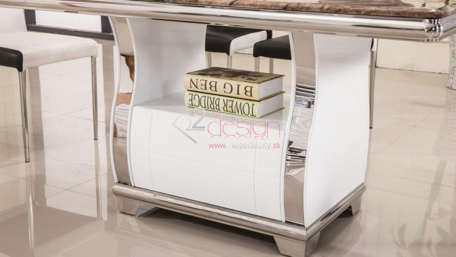 Stôl so šuflíkom.jpg