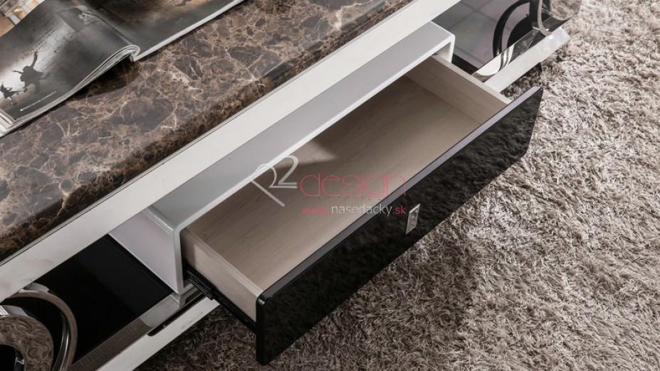Šuflík stolíka.jpg