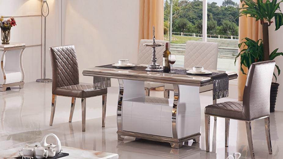 Mramorový jedálenský stôl.jpg