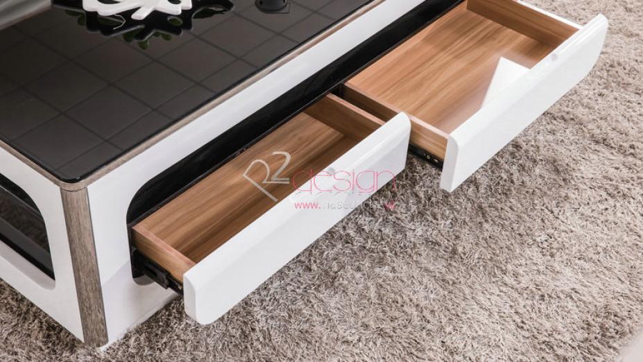 Šuflíky stolíka.jpg