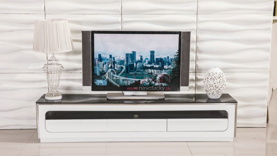 Biely TV stolík.jpg