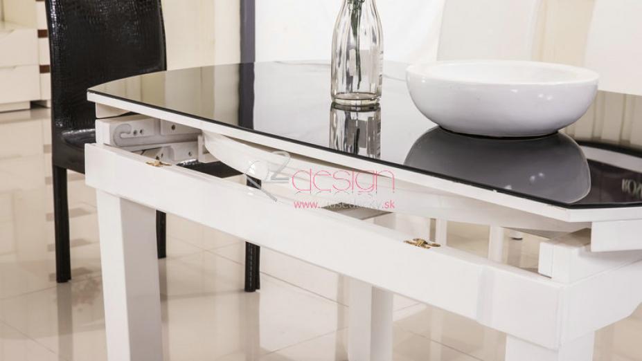 Stôl do kuchyne.jpg