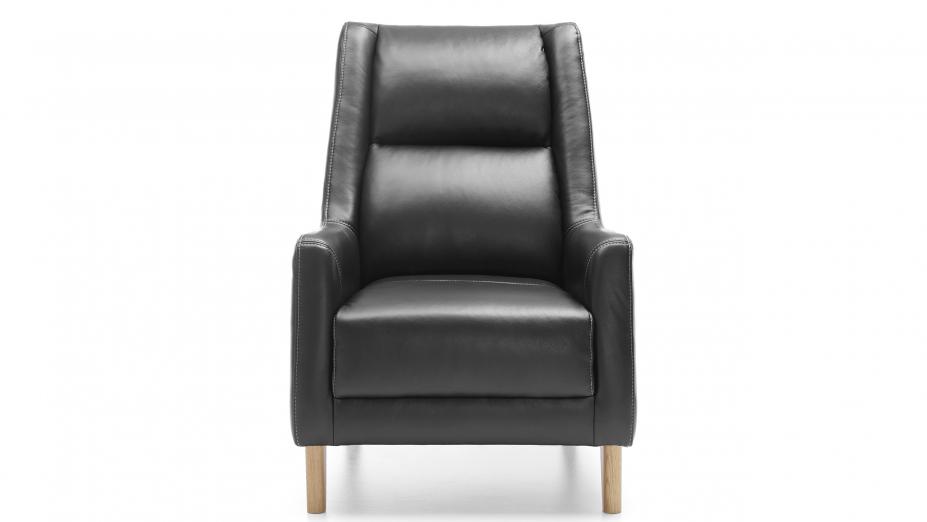 Čierne kreslo.jpg