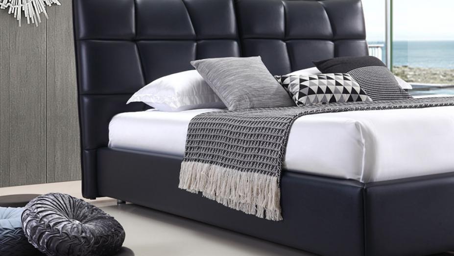luxusna-kozena-postel.jpg