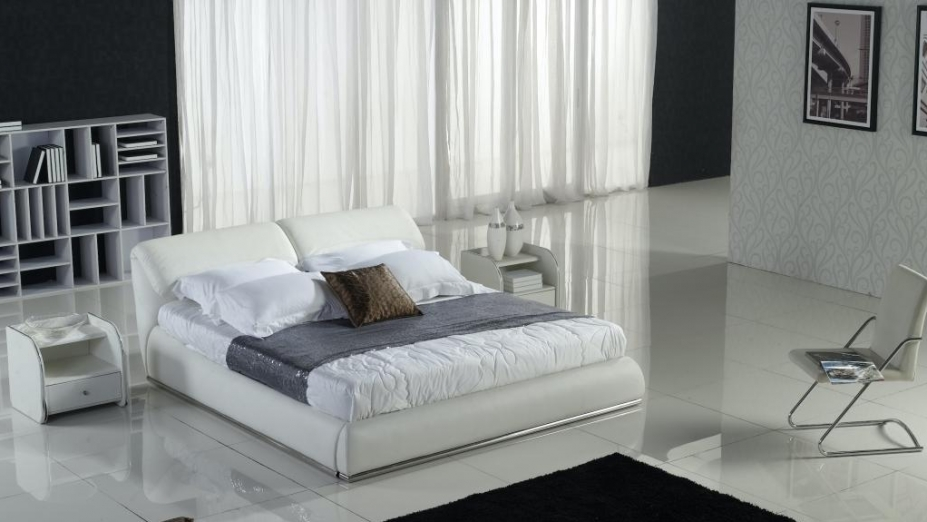 Exkluzívna kožená posteľ R2D1337