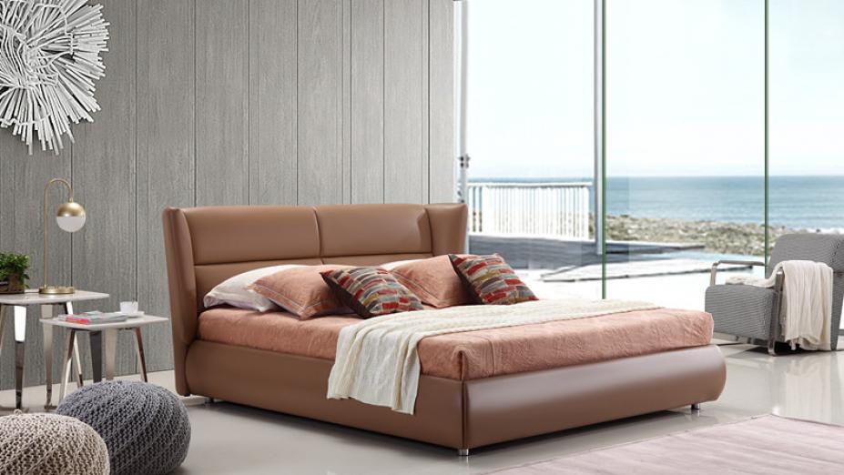 Hnedá kožená posteľ R2D1334