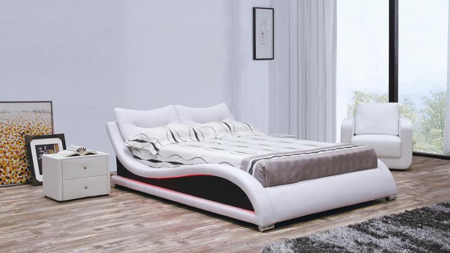R2D1169 moderná posteľ s osvetlením