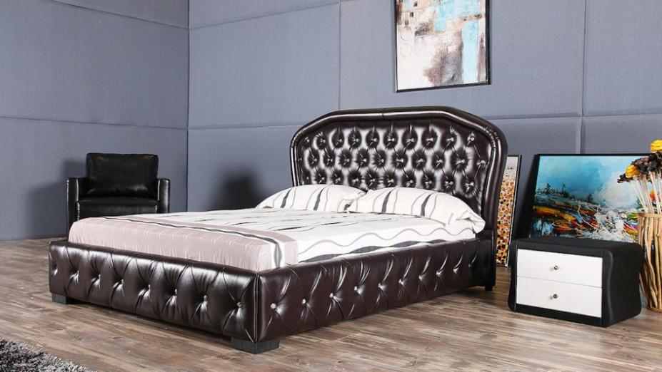 R2D1193 štýlová posteľ v koži