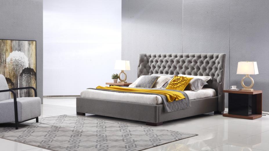 R2D1317 posteľ v luxusnej látke